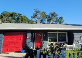 Foreclosed Home in MAY CIR, Tampa, FL - 33614