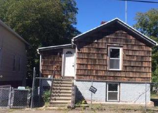 Casa en ejecución hipotecaria in Bridgeport, CT, 06605,  DEWEY ST ID: P1049778