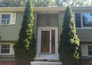 Foreclosed Home en BUDDINGTON RD, Shelton, CT - 06484