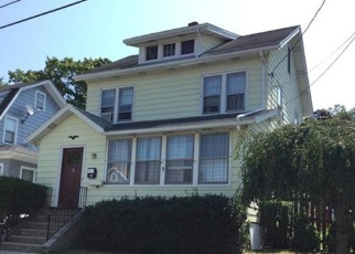 Foreclosed Home in BONNELL PL, Middletown, NY - 10940