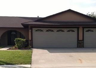Foreclosed Home en N TEAKWOOD AVE, Rialto, CA - 92376