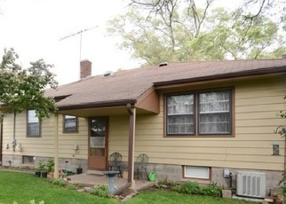 Foreclosed Home in HIRSCH AVE, Calumet City, IL - 60409