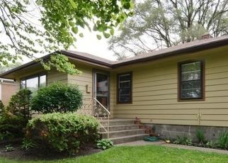 Casa en ejecución hipotecaria in Calumet City, IL, 60409,  HIRSCH AVE ID: P1050559