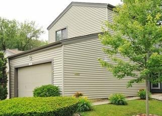 Foreclosed Home en GOLFVIEW DR, Hazel Crest, IL - 60429