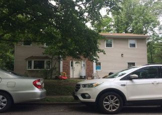 Foreclosed Home en BEDFORD CT, Spring Valley, NY - 10977