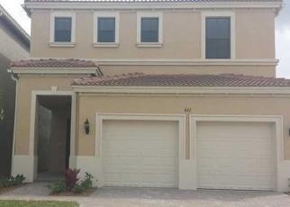 Foreclosed Home en NE 191ST TER, Miami, FL - 33179