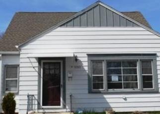 Casa en ejecución hipotecaria in Cudahy, WI, 53110,  E ADAMS AVE ID: P1050951
