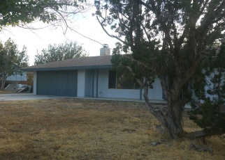 Foreclosed Home en HEMLOCK AVE, Hesperia, CA - 92345