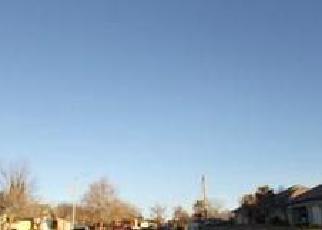 Foreclosed Home en W AVENUE L3, Lancaster, CA - 93536