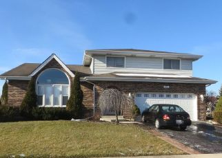 Foreclosed Home en RED BARN RD, Matteson, IL - 60443