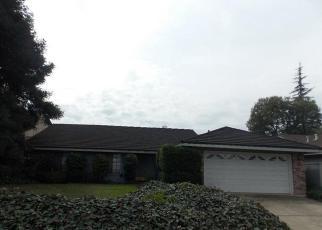 Foreclosed Home en GROUSE RUN DR, Stockton, CA - 95207