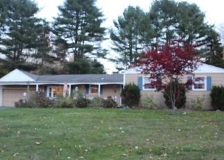 Casa en ejecución hipotecaria in Northford, CT, 06472,  SURREY DR ID: P1051502