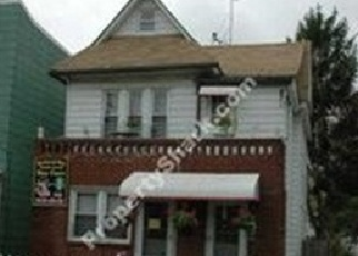 Foreclosed Home en 108TH ST, Richmond Hill, NY - 11418
