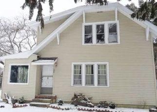 Foreclosed Home en SHADYSIDE AVE, Lakewood, NY - 14750