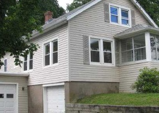 Foreclosed Home en EARL ST, Vernon Rockville, CT - 06066