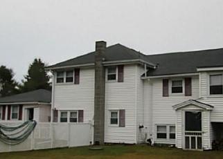 Casa en ejecución hipotecaria in Thompson, CT, 06277,  QUADDICK TOWN FARM RD ID: P1052402