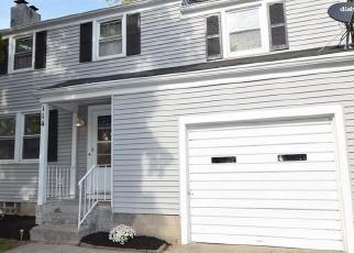 Foreclosed Home en ARROWHEAD DR, Rochester, NY - 14624