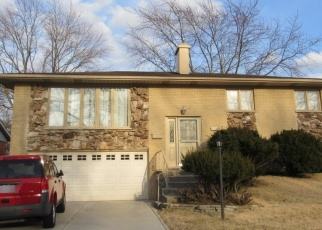 Foreclosed Home en WILLOW LN, Oak Forest, IL - 60452