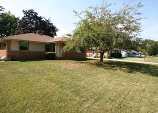 Foreclosed Home en N 56TH ST, Milwaukee, WI - 53223