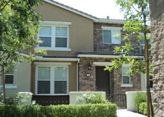 Foreclosed Home en PARKHOUSE DR, Fontana, CA - 92336