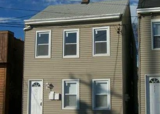 Foreclosed Home en WASHINGTON ST, Newburgh, NY - 12550