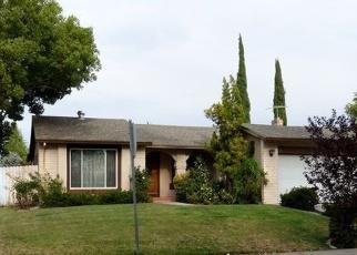 Foreclosed Home en THISTLE CT, Sacramento, CA - 95823