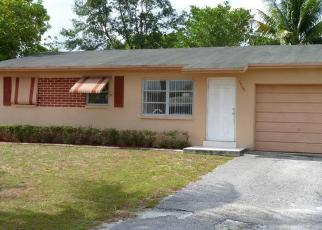 Foreclosed Home in S 38TH CT, Lake Worth, FL - 33463