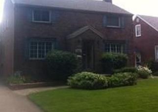 Foreclosed Home en ROYCROFT BLVD, Buffalo, NY - 14225