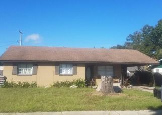 Foreclosed Home en WILLIAM AVE, Winter Haven, FL - 33880
