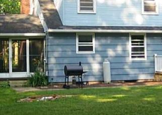Foreclosed Home en BALLOUVILLE RD, Dayville, CT - 06241