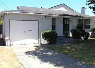 Foreclosed Home en ALMANZA DR, Oakland, CA - 94603