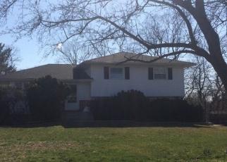 Foreclosed Home en TERRACE AVE, Nanuet, NY - 10954