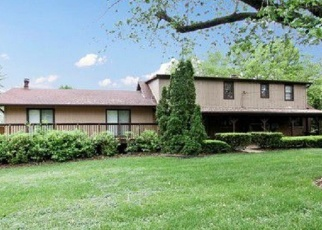 Foreclosed Home en S 84TH CT, Hickory Hills, IL - 60457