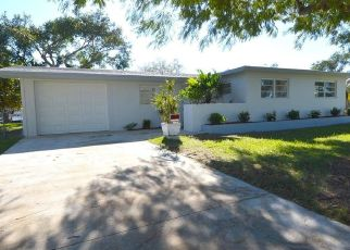 Foreclosed Home en STERLING DR, Miami, FL - 33157