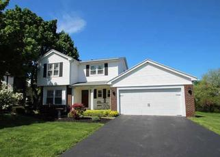 Foreclosed Home en PENNICOTT DR, Penfield, NY - 14526