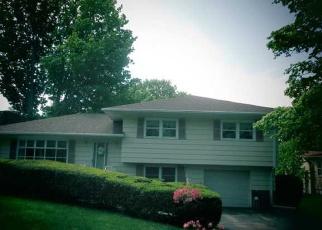 Foreclosed Home en PULASKI HWY, Ansonia, CT - 06401