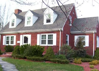 Foreclosed Home en MAIN ST, New Britain, CT - 06051