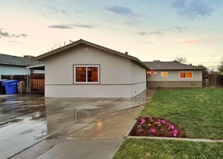 Foreclosed Home en E MALONE ST, Hanford, CA - 93230