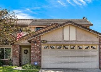 Foreclosed Home en W MONTECITO DR, Rialto, CA - 92377