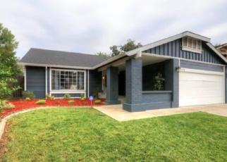 Foreclosed Home en SEA FOREST WAY, Sacramento, CA - 95823