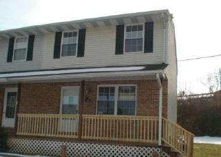 Foreclosed Home en RATEM DR, Westminster, MD - 21157