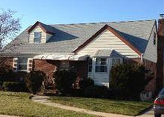 Foreclosed Home in CALDWELL RD, Valley Stream, NY - 11580