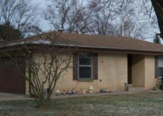 Casa en ejecución hipotecaria in Milwaukee, WI, 53207,  W UNCAS AVE ID: P1054918