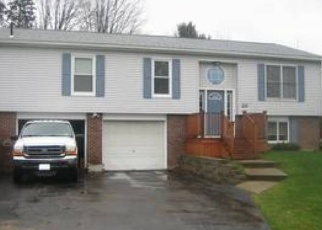 Foreclosed Home en SHASTA DR, Jamestown, NY - 14701