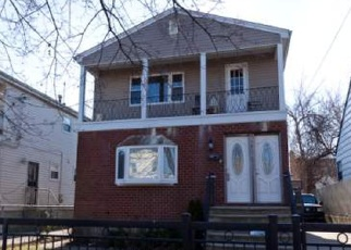 Foreclosed Home en 148TH RD, Rosedale, NY - 11422