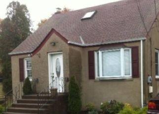 Foreclosed Home en SAMSONDALE AVE, West Haverstraw, NY - 10993