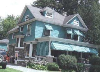 Foreclosed Home en CHURCH ST, Alexandria Bay, NY - 13607