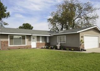 Foreclosed Home en WHITTRAM AVE, Fontana, CA - 92335