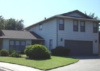 Foreclosed Home en HEATHER CT, Manteca, CA - 95336
