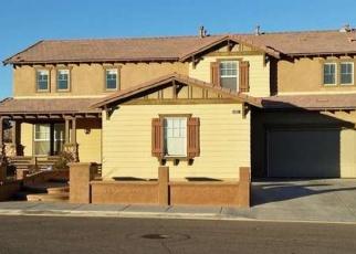 Foreclosed Home en IDYLLWILD ST, Hesperia, CA - 92344